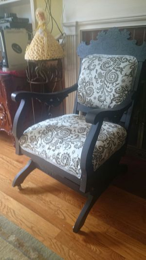 Old time Chair for Sale in Manassas, VA