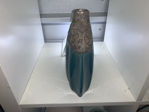 2 decorative vases for Sale in Kennesaw, GA