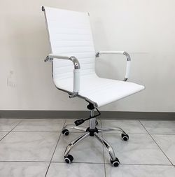 (NEW) $85 Modern Computer Office Chair Mid Back Recline Adjustable Seat PU Leather for Sale in South El Monte,  CA