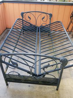 Wrought iron futon bed. for Sale in Seattle,  WA