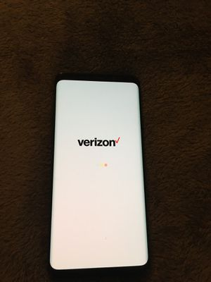 Samsung Galaxy S9+ Verizon **barely used, Perfect condition** for Sale in Woodinville, WA