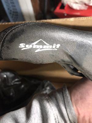 Bike seat - summit memory gel for Sale in Piedmont, CA