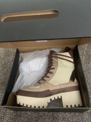 Brown/Tan Heel Boots for Sale in El Cajon, CA