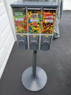 Triple Head Bulk Candy Vending Machine for Sale in Weymouth, MA