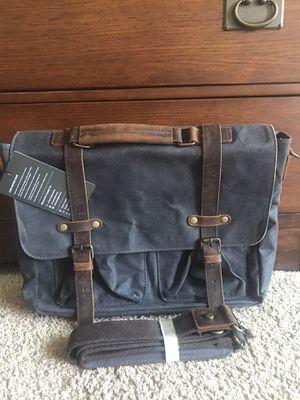 Men's - messenger bag for Sale in San Diego, CA