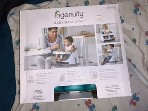 Ingenuity baby base 2-n-1 for Sale in Brandon, FL