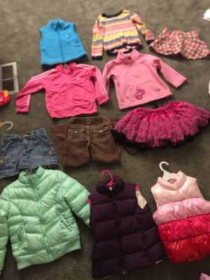 Toddler girl 5t clothes mix for Sale in Fort Mitchell, KY