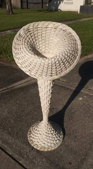 Vase Vintage Plant Stand Wicker Trumpet Flower Vase 36 Inches Tall **20.00 Firm** for Sale in Orlando, FL