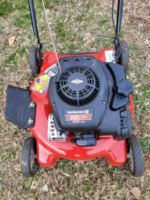 Yard machines lawnmower (like new) for Sale in Woonsocket, RI