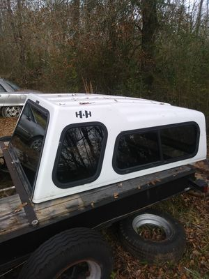 Camper shell h&h brand great shape $150 for Sale in Heflin, AL