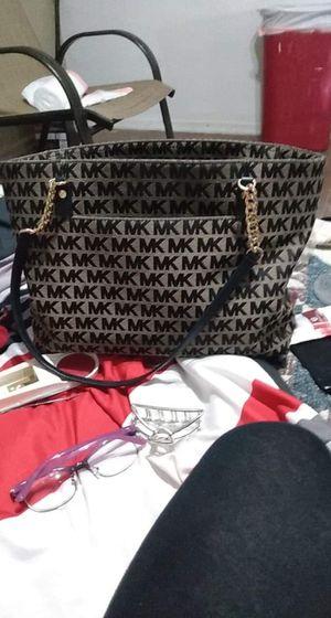 Micheal kors purse for Sale in Tulsa, OK