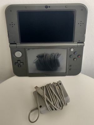 Nintendo 3ds with 2nd Analog for Sale in Riverside, CA