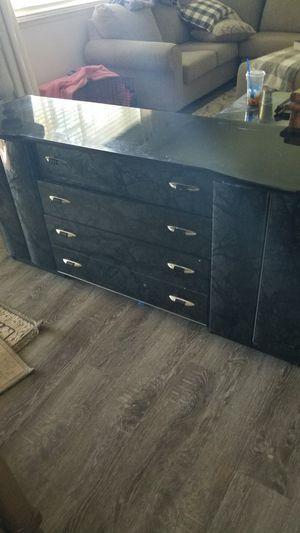 Bedroom set for Sale in Gridley, CA