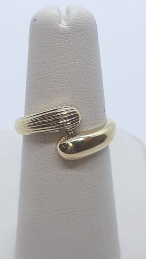 14k yellow gold fashion ring 3.5 grams size 6 for Sale in Port St. Lucie, FL