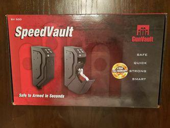 GunVault SpeedVault SV500 Handgun Safe for Sale in Carol Stream, IL