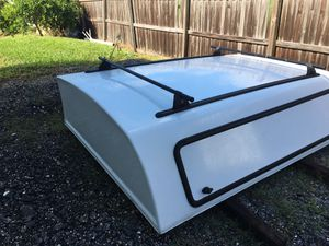 8ft camper- white for Sale in St. Cloud, FL