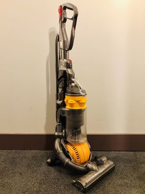 Dyson Ball DC25 Vacuum for Sale in New York, NY