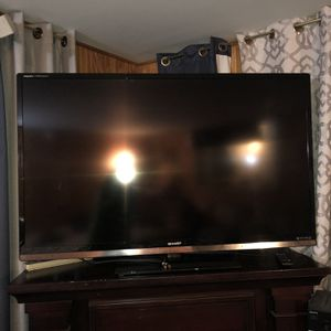 SHARP 60 Inch Smart T.V for Sale in Issaquah, WA