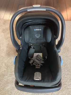 Uppa baby MESA car seat with base / uppababy Mesa / Infant car seat for Sale in San Jose, CA