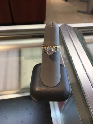 Diamond ring for Sale in Hialeah, FL