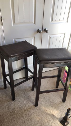 Two Stools brown for Sale in Fuquay-Varina, NC
