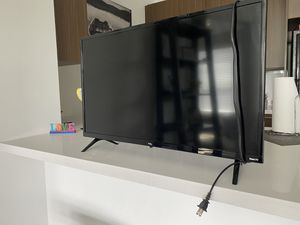 TCL Roku TV 32inch must be sold today! Benning Rd DC for Sale in Washington, DC