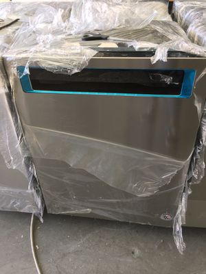 Kitchen Aid stainless steel dishwasher with 3 racks for Sale in Huntington Beach, CA