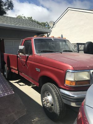 97 Ford f450 super duty 2wd gas tow truck runs good for Sale in San Leandro, CA