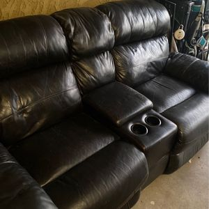Reclining Leather Couch for Sale in Santee, CA
