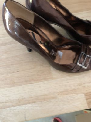 Nina bronze color shoes (New) size 8—Price Reduced for Sale in Durham, NC