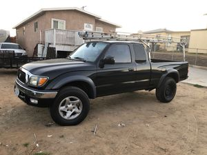 Toyota Tacoma 2003 new paint rebuilt engine only 3000 miles on it for Sale in National City, CA