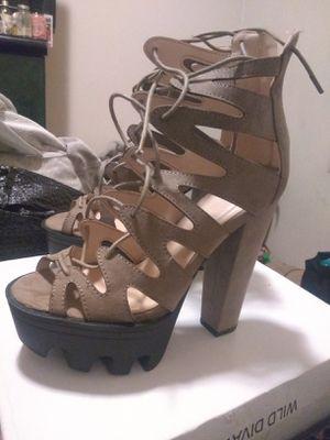 Cute 😍 diva heels.. sz 8 for Sale in Oakland, CA
