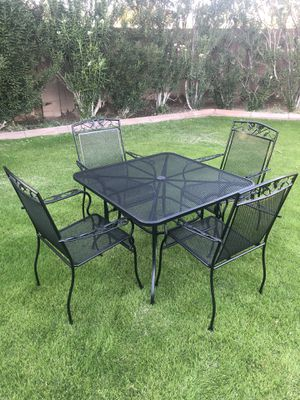 New patio set table and four chairs. (Tempe) for Sale in Tempe, AZ