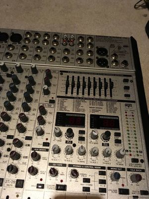 Behringer 32 channel mixer, built in effects and EQ. for Sale in North Aurora, IL