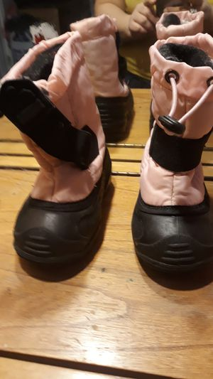 Pink kamik size 7 . for Sale in Beverly, MA