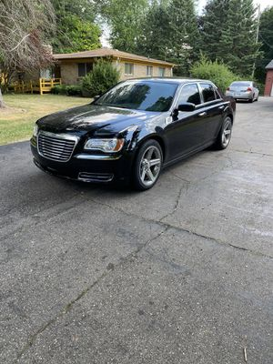 2014 Chrysler 300 for Sale in Mount Morris, MI