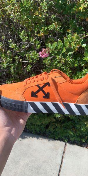 Off White Vulc orange size 8.5 for Sale in Hercules, CA