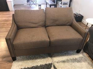 Brown Loveseat couch for Sale in Battle Ground, WA