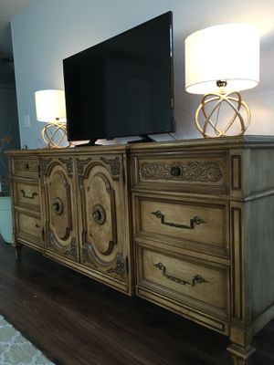 Sturdy French Antique Dresser Set for Sale in Miami Beach, FL