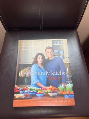 the oz family kitchen cookbook for Sale in Los Angeles, CA
