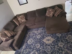 Couch(sectional) for Sale in Selma, CA