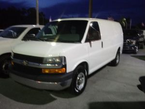 2014 Chevy Express 2500 for Sale in Miami, FL