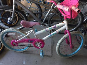 """Girl huffy bike 16"""" wheels for Sale in Carlsbad, CA"""