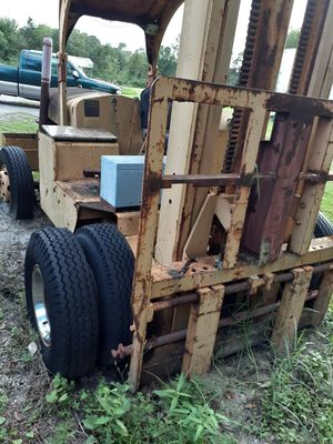 25000 lbs Hyster forklift for Sale in Auburndale, FL