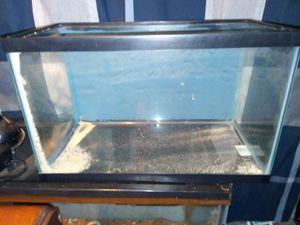 10 gallon aquarium for Sale in Warwick, RI