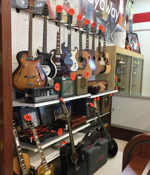 Various brand guitars for Sale in Bellaire, TX