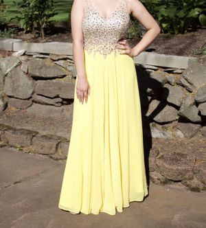 Yellow Prom Dress for Sale in Kent, WA