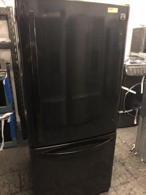 "30"" Wide Kenmore Black Bottom Freezer for Sale in Hawthorne, CA"