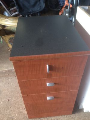 Nueva cajonera madera for Sale in Rowlett, TX