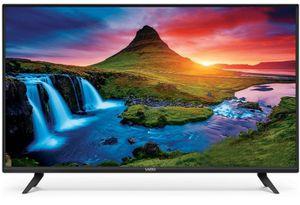 VIZIO 40INCH 4K TV with remote for Sale in Martinez, CA